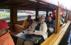 canalride boat also accessible to electric wheelchair giethoorn