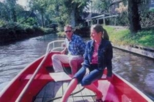 create your own giethoorn package along with various toppings