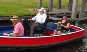 electric wheelchair boating Giethoorn