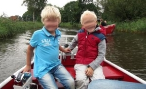 sailing with kids Giethoorn