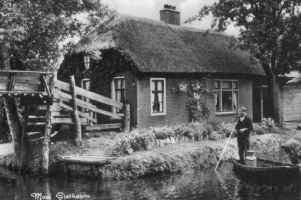 Giethoorn The Venice Of Holland Information About Canal Tour Boat